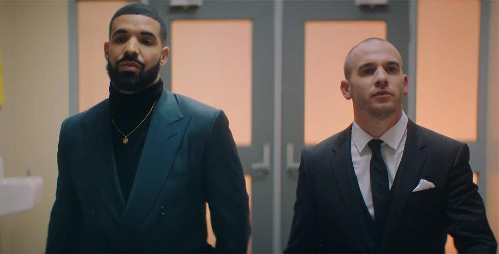 10 of the best reactions to the Degrassi reunion... I mean Drake's new vid