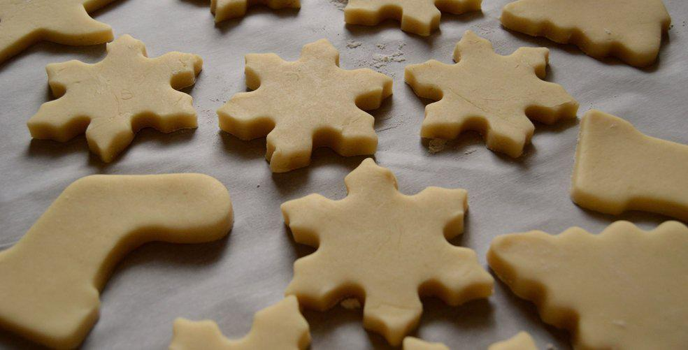 11 Holiday cookie recipes that are so easy they'll make themselves (just kidding, kinda)