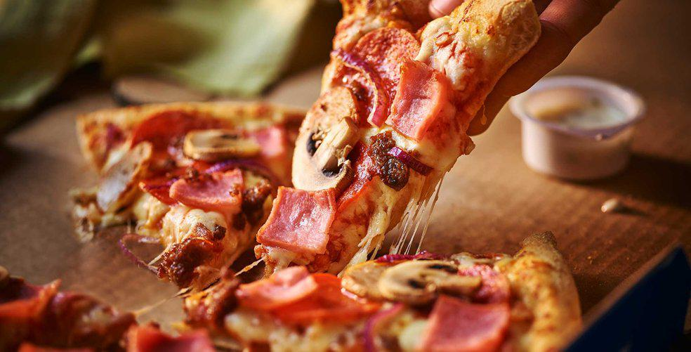 5-reasons-you-should-have-pizza-tonight