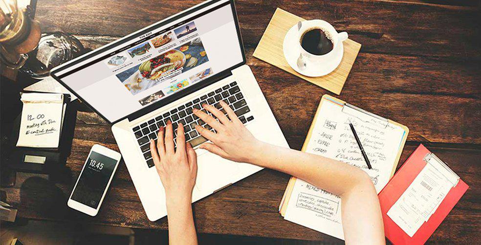 Become a UNiDAYS blogger!