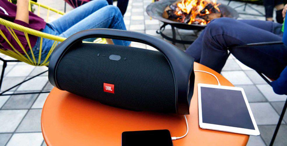 4-reasons-why-your-squad-needs-the-jbl-boombox