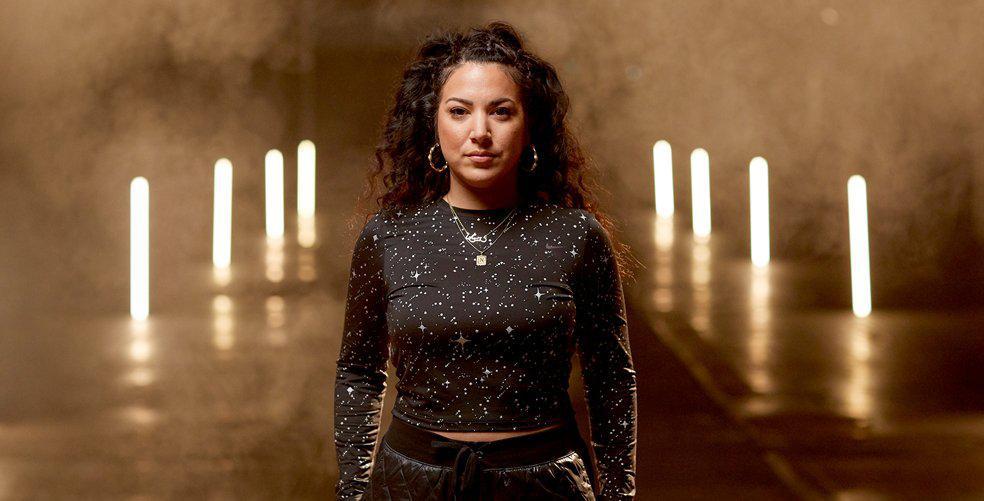 Série Spotlight avec Nike : Shay D, pionnière du rap et mentor pour les jeunes