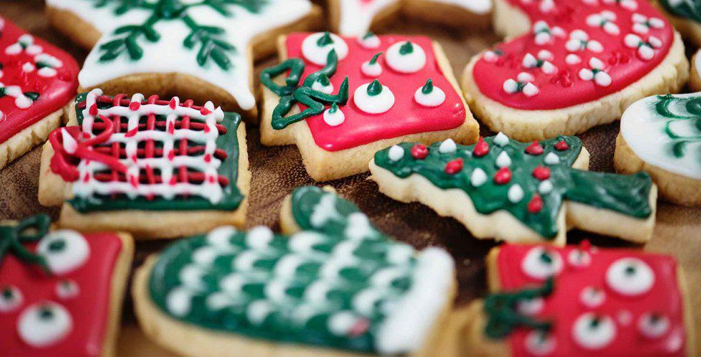 11 ways to make your student Christmas feel festive