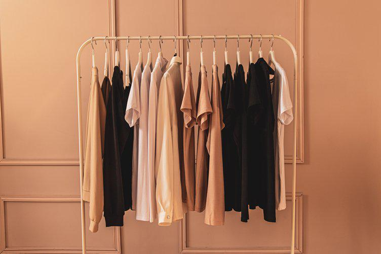 sustainable-closet-101-guide-to-an-environmentally-sensible-style