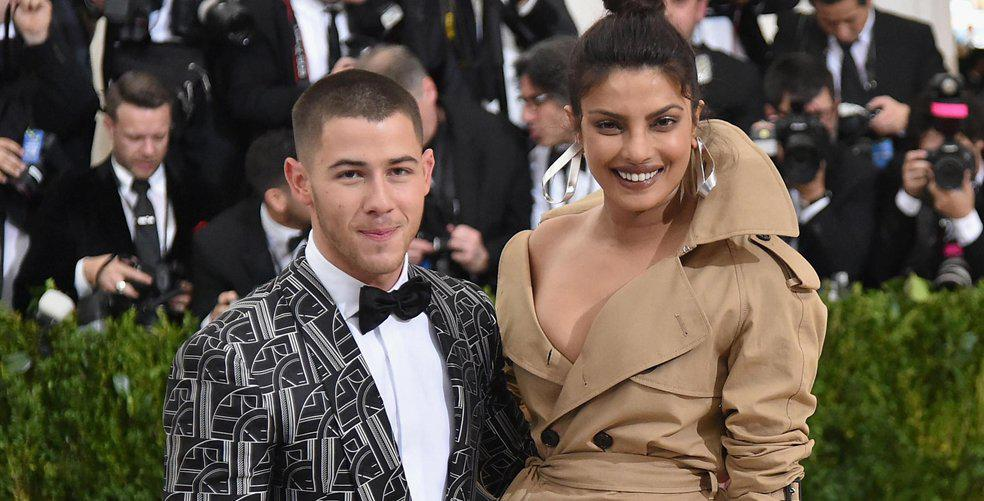 10 reactions to the (shockingly fast) engagement of Nick Jonas and Priyanka Chopra