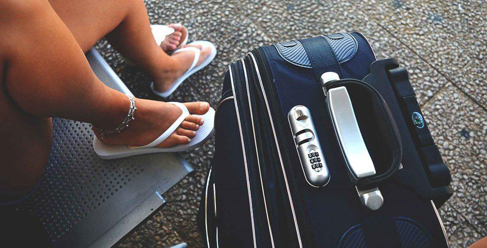 Tips for travelling hand luggage only