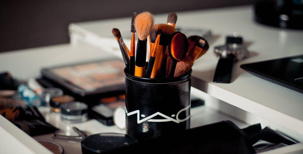 5-things-you-should-splurge-on-from-mac-with-their-25-discount