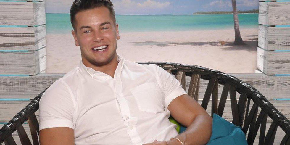 8-lessons-in-love-island