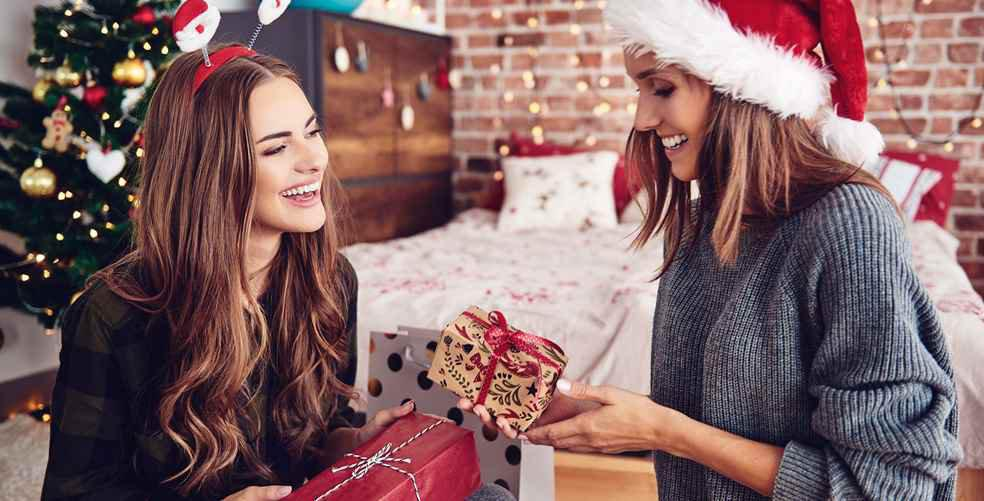16 bomb af gifts to give your BFF