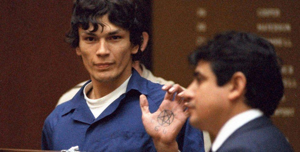 16 serial killers to keep you up at night