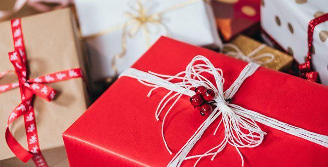 Quiz: What to gift your friend this Christmas