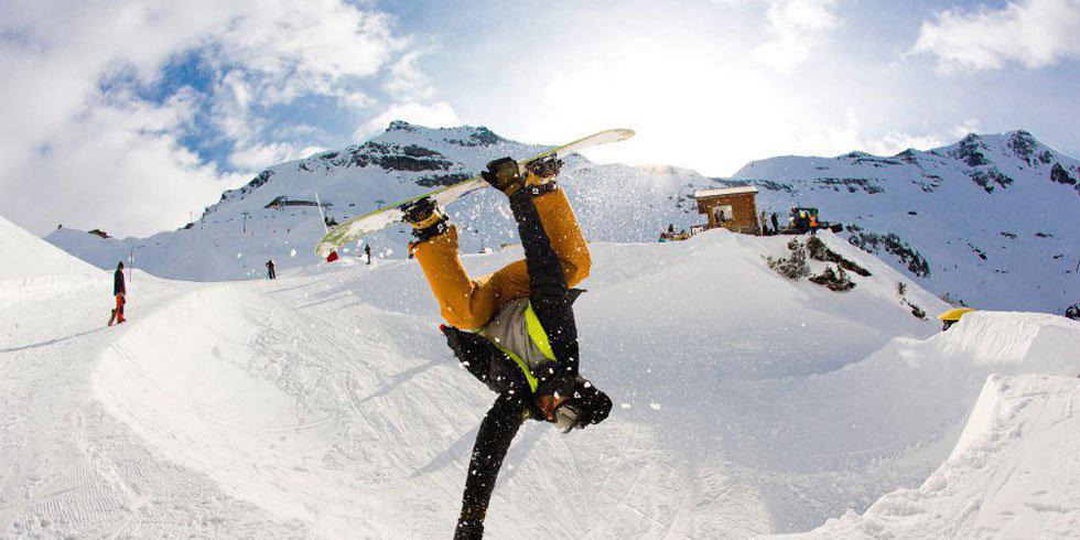 5 Beginner Snowboarding Tips!